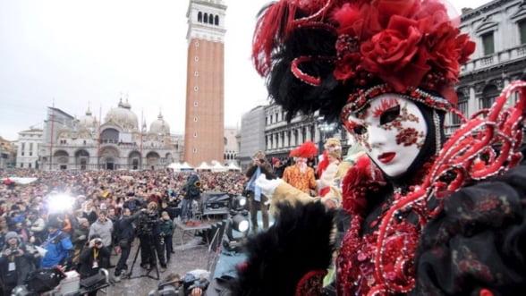 Carnavalul de la Venetia: Sfaturi pentru un city-break accesibil