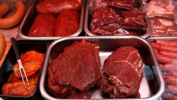 Carne de cal, in loc de vita, intr-un magazin din Bucuresti
