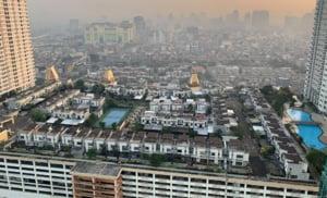 Case pe acoperisuri, gaselnita din unul dintre cele mai populate orase din lume