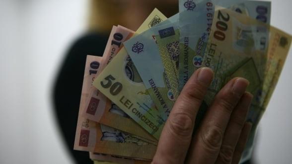 Castigul salarial mediu net lunar ar putea creste cu 4,2% in 2012