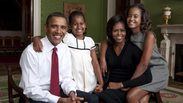 Cat a castigat familia Obama in 2012