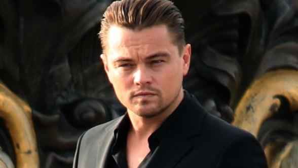 Cat costa sa zbori in spatiu cu Leonardo DiCaprio