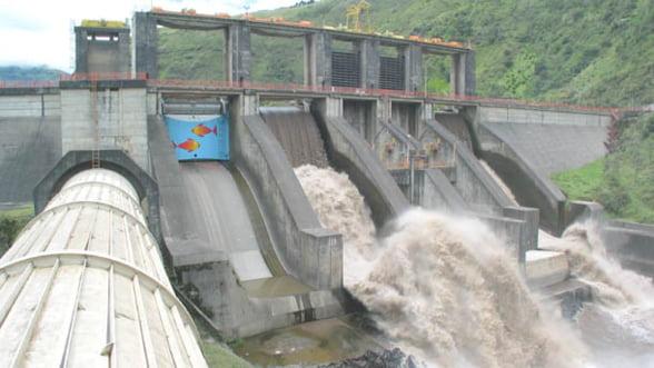 Cat da Hidroelectrica pe intretinerea generatoarelor