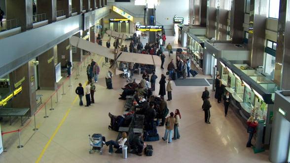 Cati pasageri au aterizat in Bucuresti in 2012?