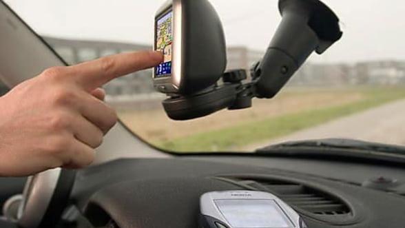 """Cauti un GPS """"destept""""? Alege dintre cele mai vandute sisteme"""