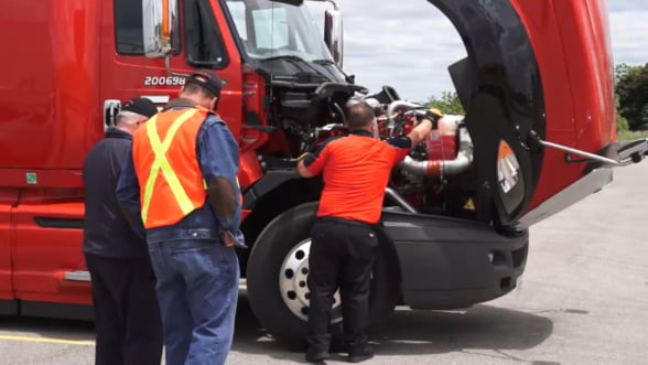 Ce ar trebui sa aiba in vedere un sofer de camion atunci cand porneste intr-o cursa lunga