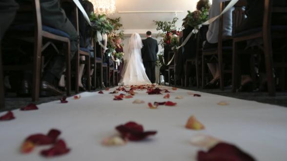 Ce camere video utilizeaza cameramanii de nunti?