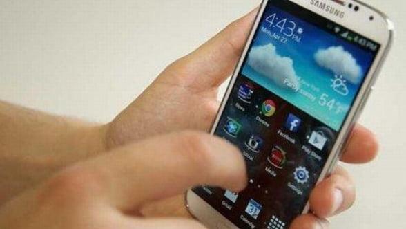 Ce nu poate face iPhone 5S si poate Samsung Galaxy S4 FOTO