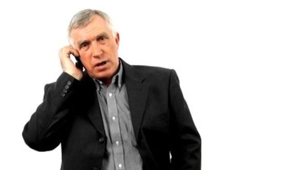 """Ce se ascunde in spatele ofertelor de """"convorbiri nelimitate"""" lansate de operatorii de telefonie mobila"""