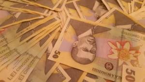 Cea mai mare crestere economica din Europa NU se bazeaza pe ceva palpabil. Atentie la majorarile salariale!