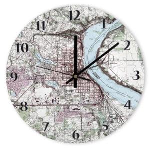Ceas de perete personalizat cu harta topografica. Iti place?