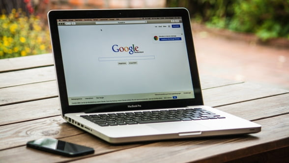 Cehia ii va taxa cu 7% pe gigantii din domeniul internetului