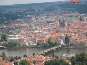 Cehia nu va organiza niciun referendum pentru iesirea din UE sau NATO - Guvern