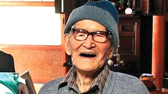 Cel mai batran om din lume a murit la 116 ani