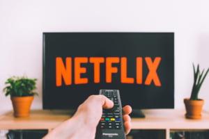 Cel mai bogat om din India pluseaza: Televizoare HD cadou pentru cei care se aboneaza la internet