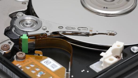 Cel mai mare producator de hard discuri se asteapta la vanzari mai mici in 2012