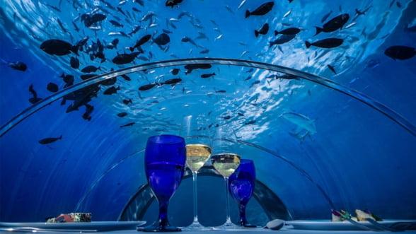 Cel mai mare restaurant submarin din lume se deschide in Maldive