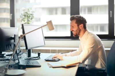 Cele mai eficiente metode de a-ti dezinfecta biroul