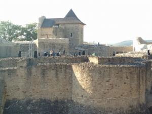 Cetatea lui Stefan si muzeul care ne invita sa ne descoperim patria s-au redeschis (Video)