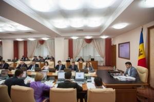 Cetatenii europeni NU pot intra in Moldova doar cu buletinul: Decizia istorica, declarata nula