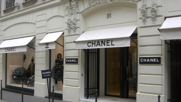 """Chanel """"acapareaza"""" cele mai luxoase strazi din Paris"""