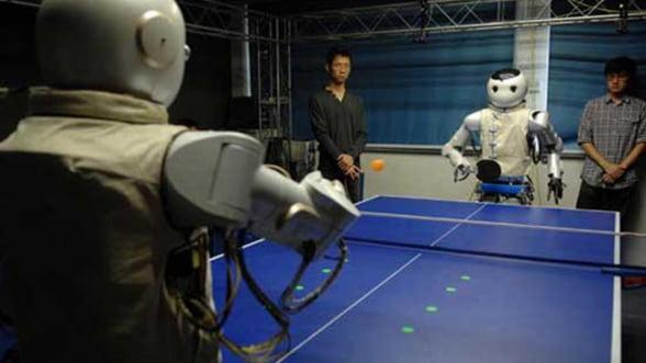 China a creat robotii care joaca singuri ping-pong