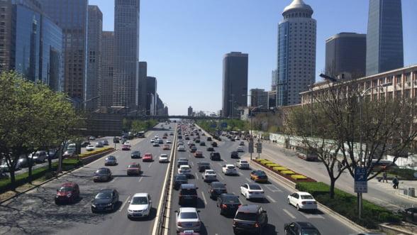 China ar putea injumatati taxele la achizitionarea masinilor cu motoare de 1.6 litri pentru a stimula vanzarile