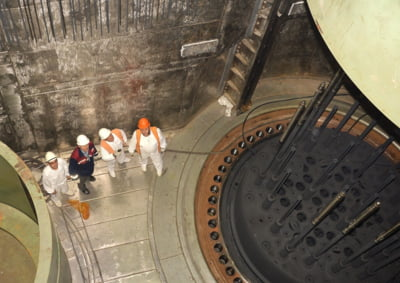China incepe constructia primei sale centrale nucleare plutitoare