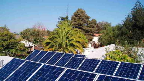 China vrea sa patrunda pe piata energiei solare prin Germania