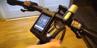 Chinezii au inventat bicicleta-smartphone cu 4 GB de RAM (Video)