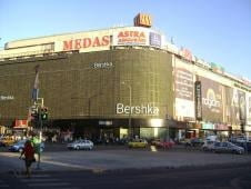 Chiriile spatiilor comerciale din Bucuresti raman la 65 euro/mp/luna