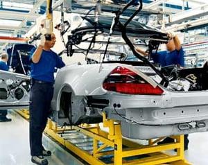 Chrysler da afara 25% din angaja?i