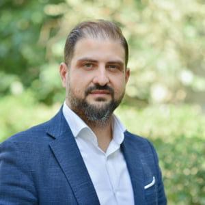 Cine este Victor Picu, omul dat afara de premierul Orban, dar aflat in carti pentru postul de consilier al lui Nicusor Dan. Dosarul penal in care este vizat