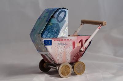 Cine poate obtine alocatia Kindergeld si cum?