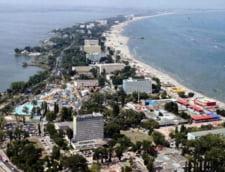 "Cine sunt investitorii romani si straini care impart ""cotele de plaja"" din Litoral"
