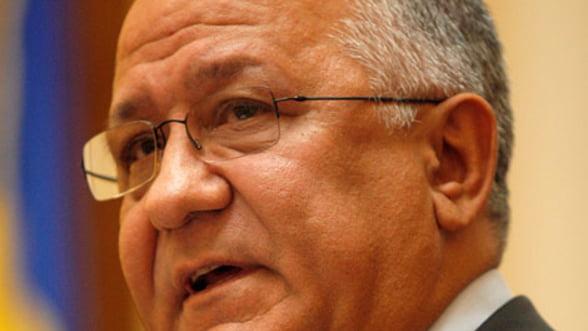 Cinteza (BNR): Bancile vor fi reticente cu creditele pana in toamna anului viitor