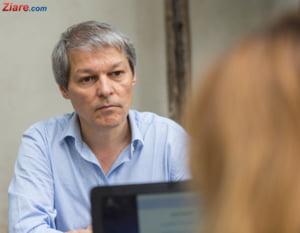 Ciolos: Niste oameni certati cu legea cauta sa puna mana pe tot ce poate fi drept si cinstit in Romania
