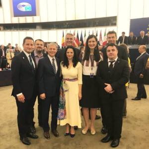 Ciolos face un apel la europarlamentarii romani: Sa lucram impreuna pe subiectele strategice pentru tara