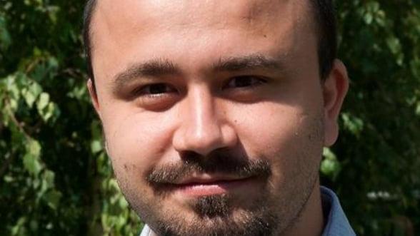 Ciprian Rusen, romanul care castiga scriind manuale Microsoft - Interviu