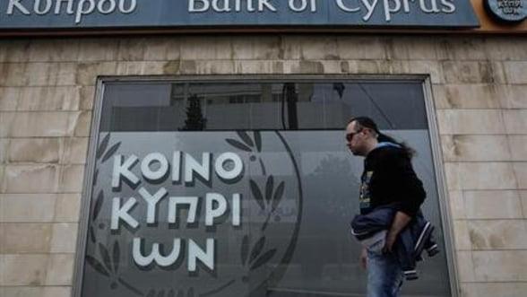 Cipru a primit prima transa, de 2 miliarde de euro, din ajutorul international