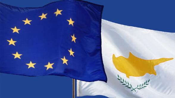 Cipru cere ajutor financiar de 62% din PIB