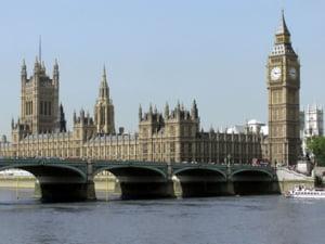 City of London ar putea renunta la 40.000 de angajati