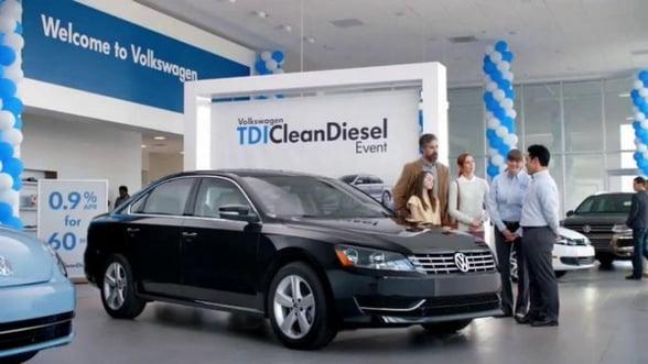 Clientii Volkswagen ies in fata: Dati-ne banii inapoi!