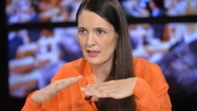 """Clotilde Armand, ultimatum catre Romprest: """"Daca nu ridicati gunoiul, vom rezilia contractul. Aveti 24 de ore la dispozitie"""""""