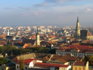 Clujul inghite satele din jurul sau cu tot cu traditii, agricultura si tarani