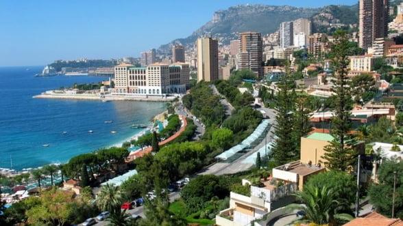 Coasta de Azur atrage anual 20.000 de romani, care cheltuiesc milioane de euro