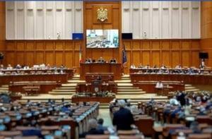 Codul Penal a trecut la limita de Camera Deputatilor. Doua voturi au facut diferenta. Rezultatul a fost primit cu aplauze