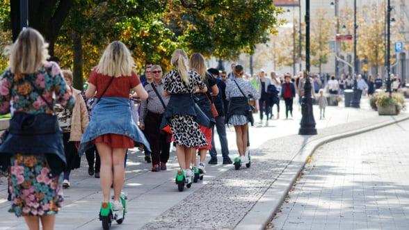 Codul rutier a fost modificat in Franta pentru a reglementa circulatia trotinetelor electrice