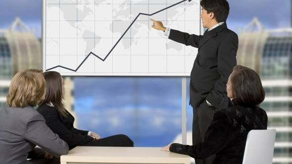 Coface: Economia Romaniei va creste cu cel mult 1% in 2013