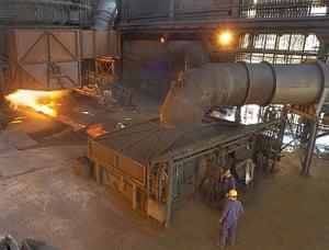 Combinatul siderurgic ArcelorMittal Galati opreste miercuri, voluntar, activitatea